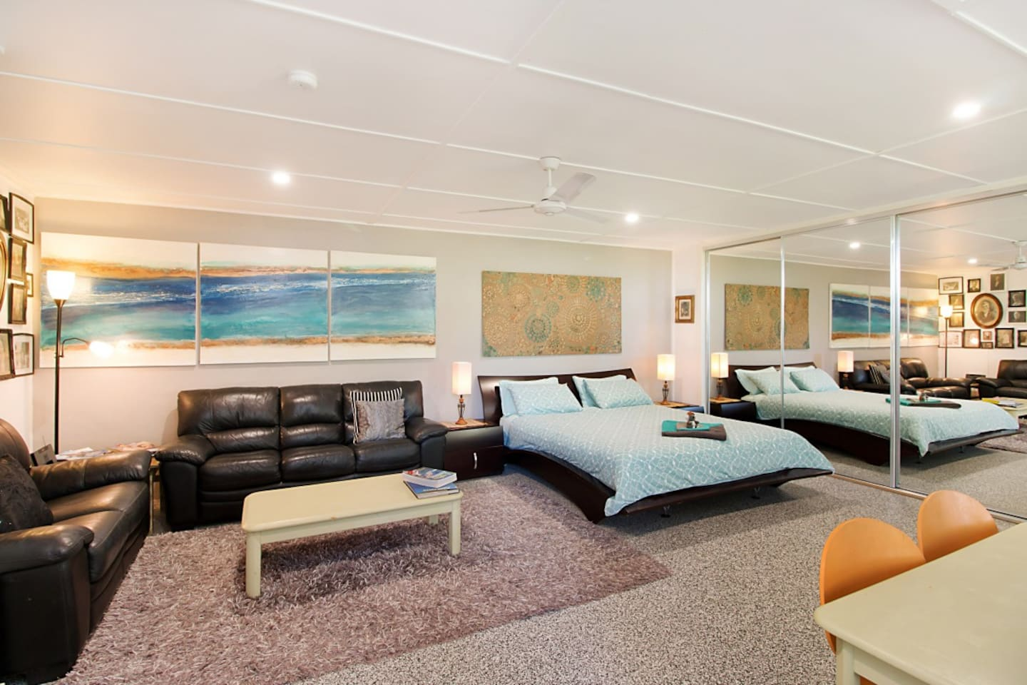 King Size Bed & Sitting Room