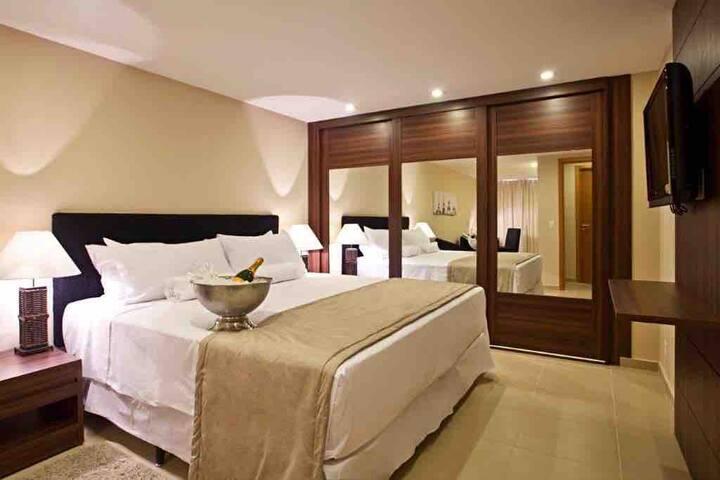 Granja Brasil Hotel - Cobertura Sala Suite Terraço