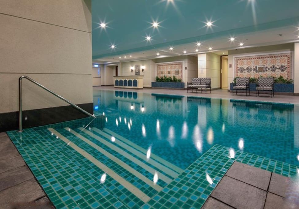 Sky high condo incl large pool modern gym condominiums for rent in manila metro manila - The sky pool a deluxe adventure ...