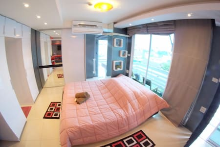 Executive Suite near Subway - Bangkok