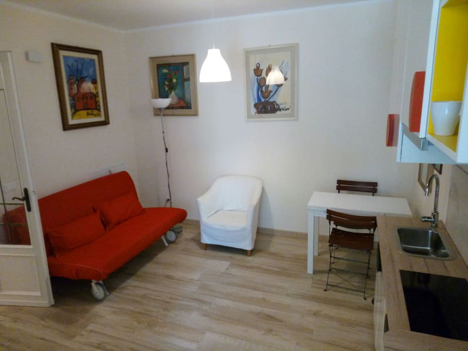 living Room with sofa and kitchenette