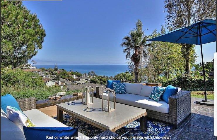 Sweeping, Spectacular Ocean View! Minutes to Beach - Summerland - Casa