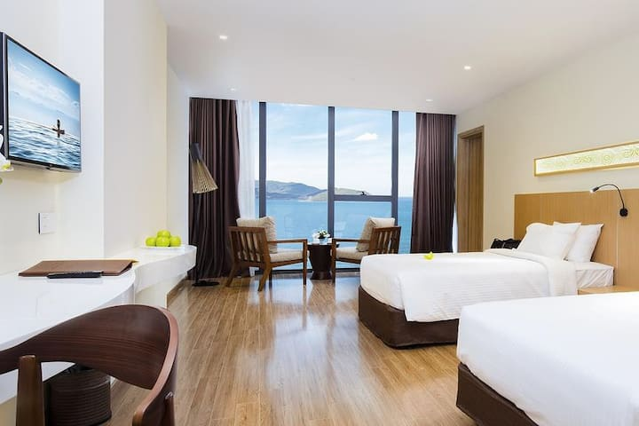 Deluxe Apartment in 4* Hotel with Great Sea View