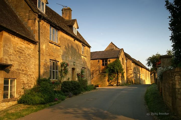 The Old Granary, Blind Lane, Chipping Campden - Chipping Campden - House