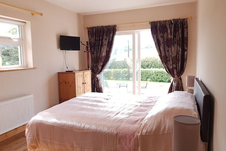 Lochalla Clonakilty. Beautiful, warm private room