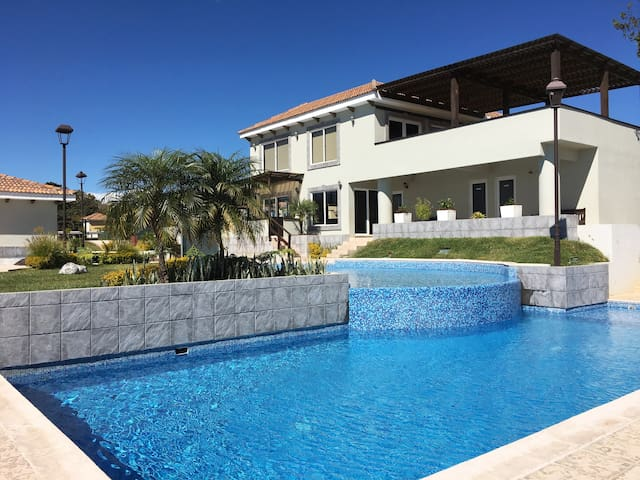 Guatemala City-Gated, New, 3 Pools & 24Hr Security