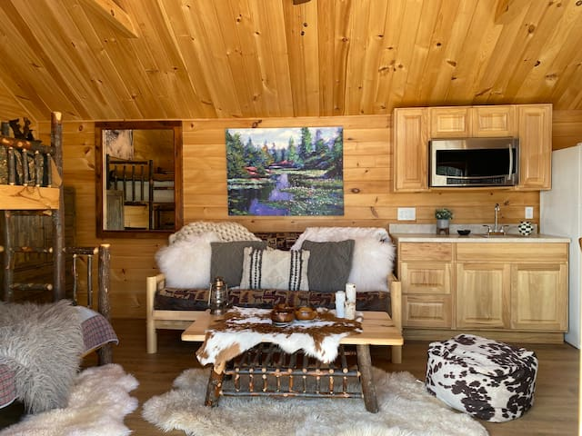 Waterfront Glamping Cabin Sleeps up to 5 people!