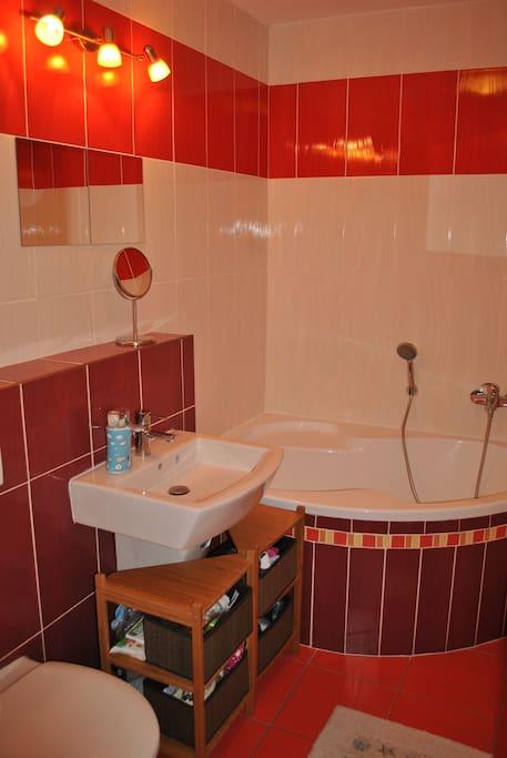 Kúpeľna/Bathroom