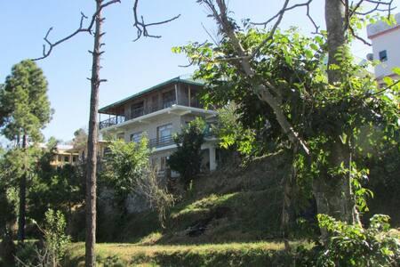 Kasar Himalayan Holiday Home