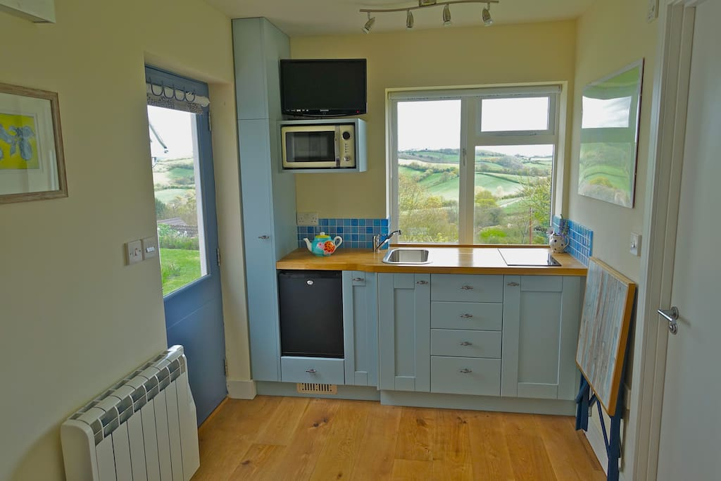 Kitchenette with lovely views