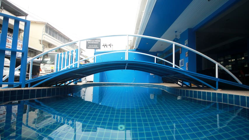 Noble Guest House standard room - Patong - Szeregowiec