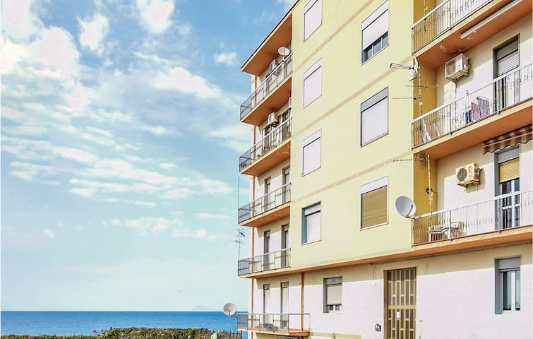 Holiday apartment with 3 bedrooms on 130m² in Acquedolci