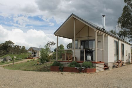 Grace Cottages - Uralla - Cabin