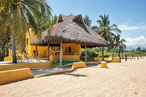 ★ FRENTE AL MAR playa virgen hasta 14 en 4 casitas