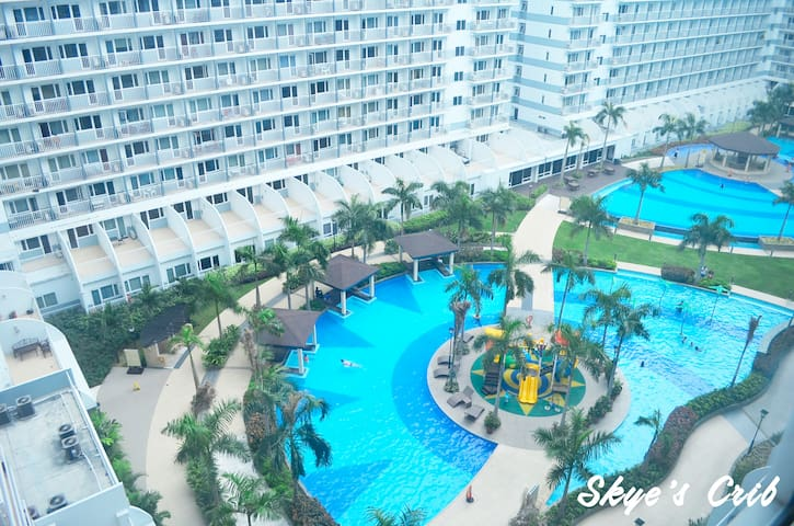 Swimming Pools at the Shell residences