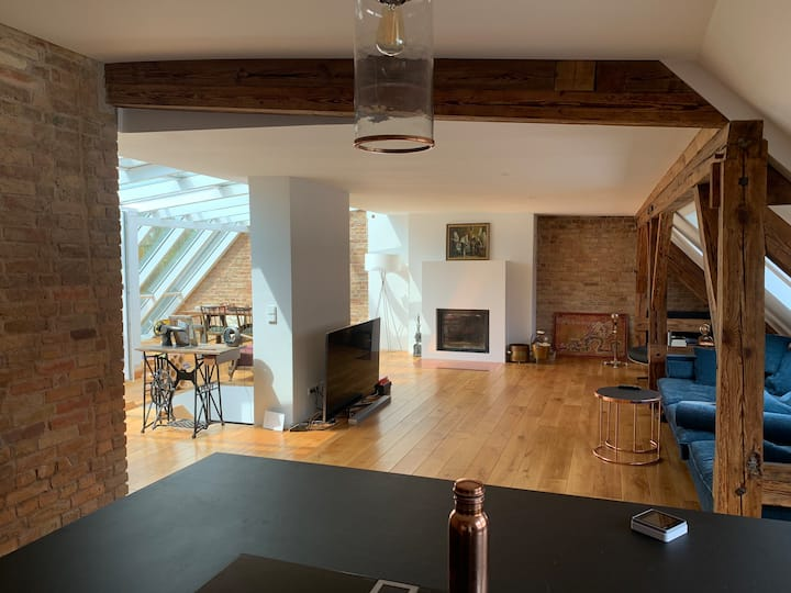 Luxury new designed Loft in hip Prenzlauer Berg