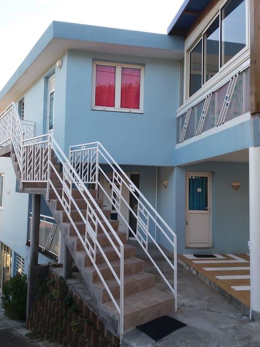Accès au logement, escalier