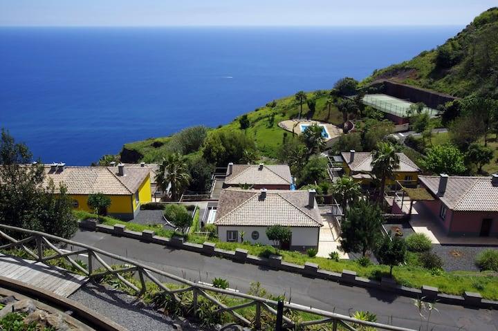 Three bedroom villa with sea view