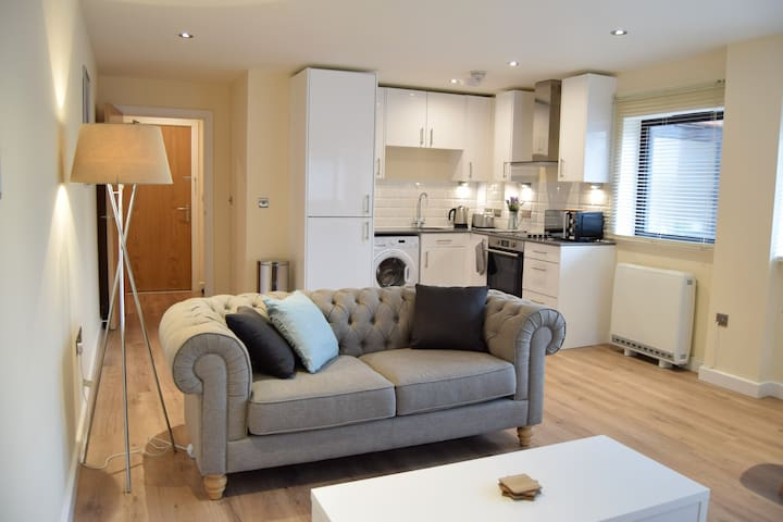 Apartment 3 - Newly refurbished in Greater London