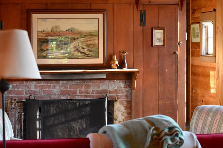 The March Hare. A vintage Nantucket summer house.