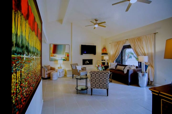5 Star Vacation Home in the Desert? Click Here! - La Quinta - Dom