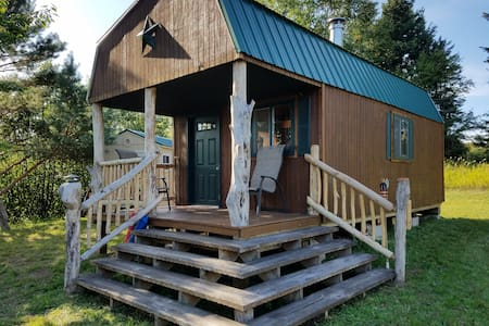 Tiny Home Glamping in the Keweenaw - 12 min to MTU
