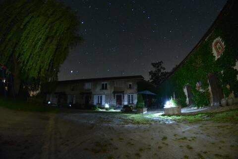 Valeille - Petit logement dans cour ferme