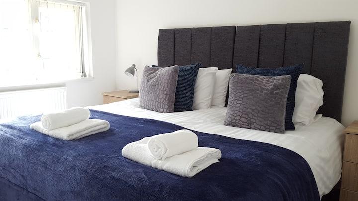 Brookdale Lodge - Luxury House Telford