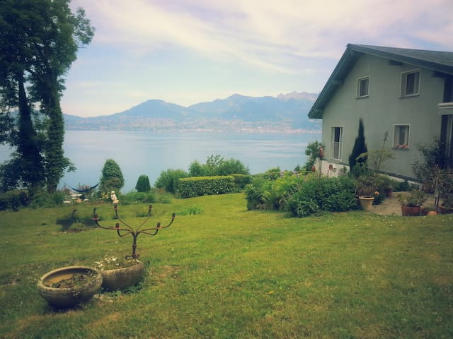 Cosy Country House @ Lake Geneva - Saint-Gingolph - Huis