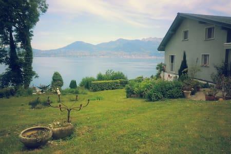 Cosy Country House @ Lake Geneva - サンジャンゴルフ