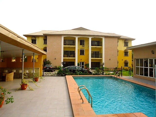 Furnished and serviced apartments