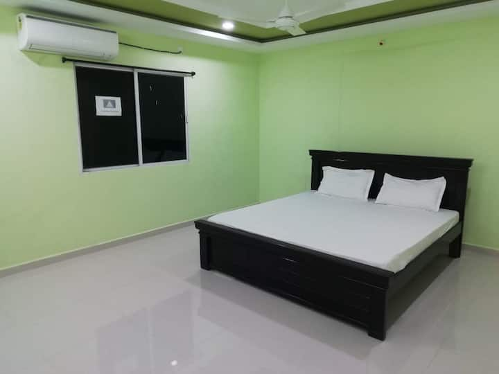 Budget Furnished Rooms in Banjara Hills, Hyderabad