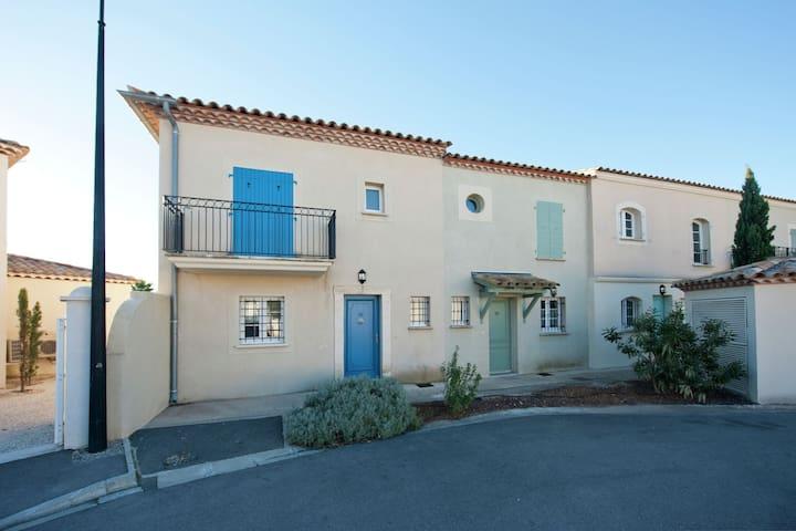 Gemütliche Villa am Meer in Aigues-Mortes