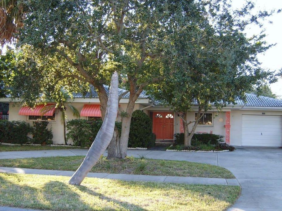 Large home in quiet upscale neighborhood
