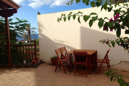 House with sea view and garden - San Sebastián de La Gomera - Haus