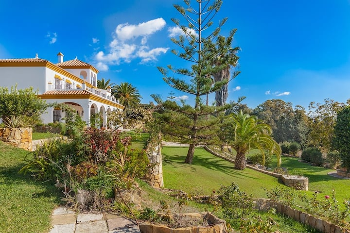 Rustic villa to rent in Tarifa