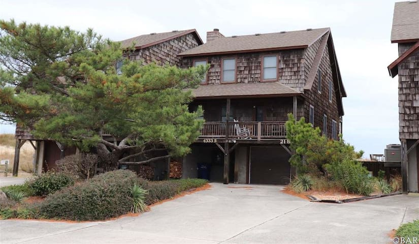 Hawks Nest OBX Oceanfront Cottage Nags Head