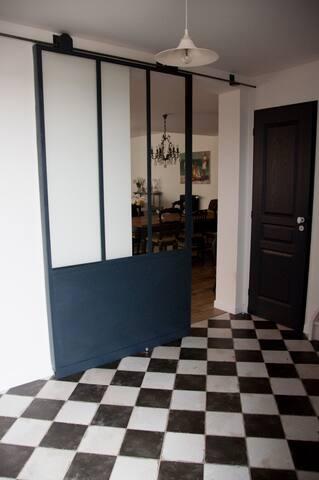 VANNES chambre quartier port - Vannes - Huis