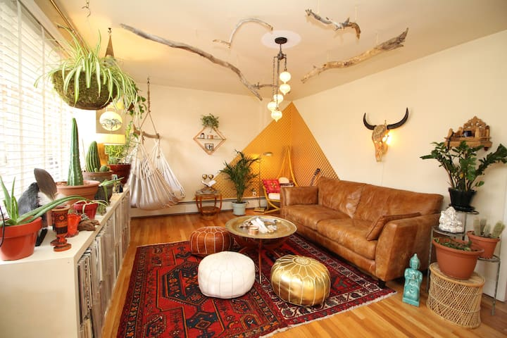 Bright Artistic Sanctuary in Old Town! - Longmont - Casa