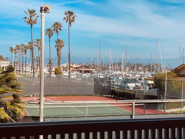 BEACH/POOL/JACUZZI 2BD/2BA MARINA VILLA BY BEACH!!