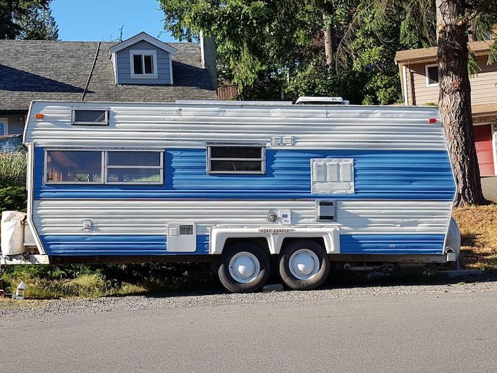 Adorable trailer for rent..you pull to campground.