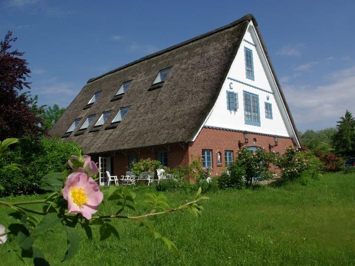 Stilvolles Landhaus unter Reet, Gruppen Willkommen