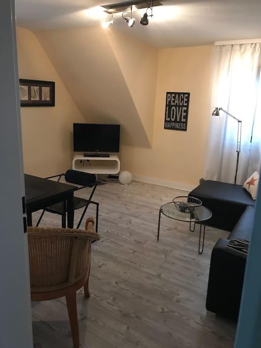 wohnung n he flughafen und frankfurt city wohnungen zur. Black Bedroom Furniture Sets. Home Design Ideas