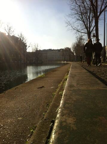 Studio 30m2 canal Saint Martin - ปารีส