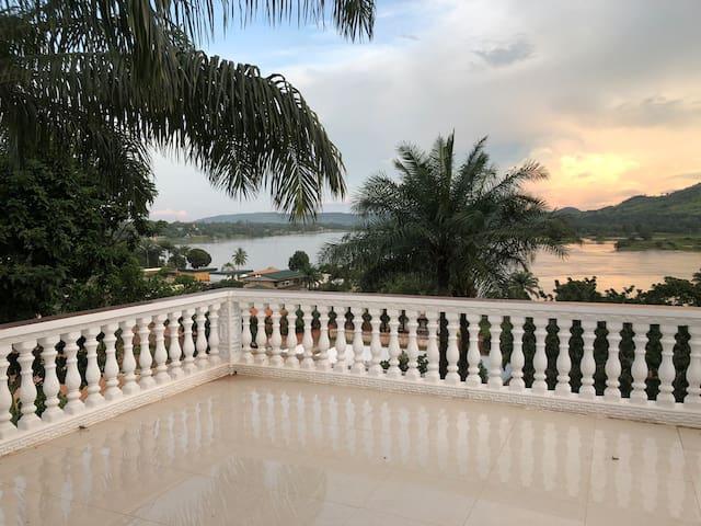 Oubangui Palace
