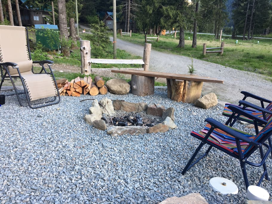 Newly added outdoor patio and fire pit (June 2017)