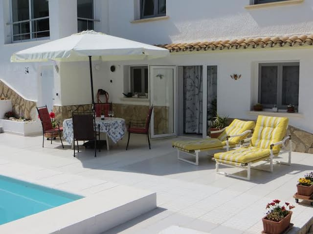 Moraira spacious apartment with private pool - Benissa - Pis