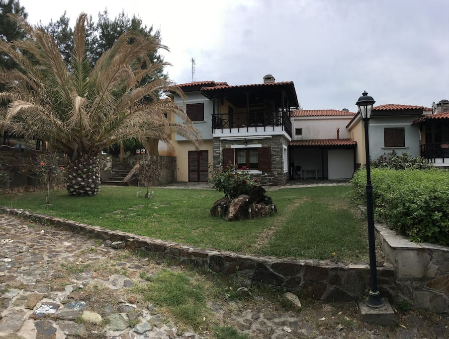 Villa yard and entrance