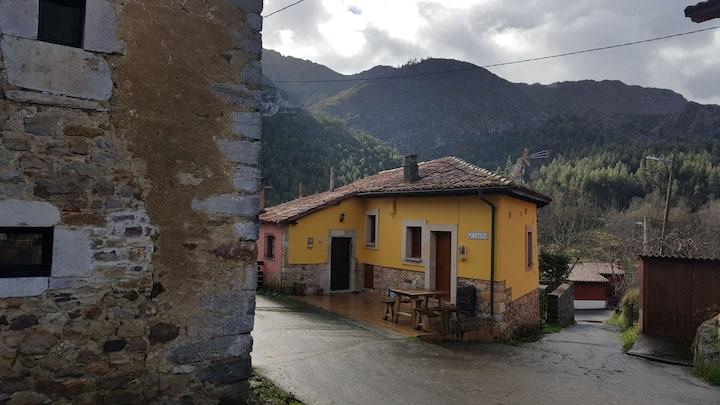 La  Casina, rural , playa y montaña. Relax