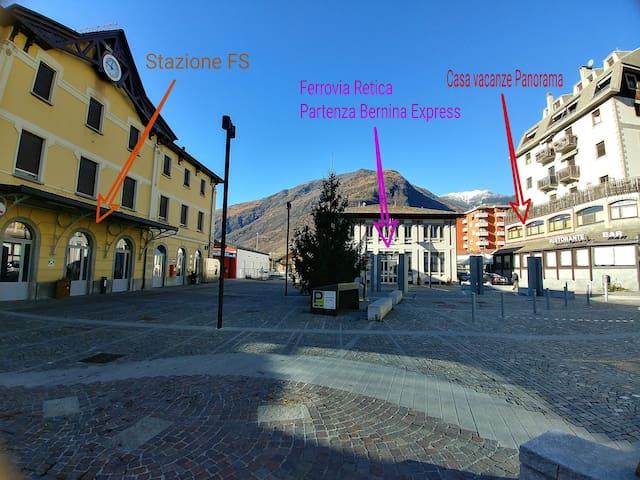Siamo il posto ideale dove soggiornare per provare l'indimenticabile esperienza del Bernina Express rientrato tra i patrimoni dell'UNESCO o per andare a sciare in località come l'Aprica o Bormio.
